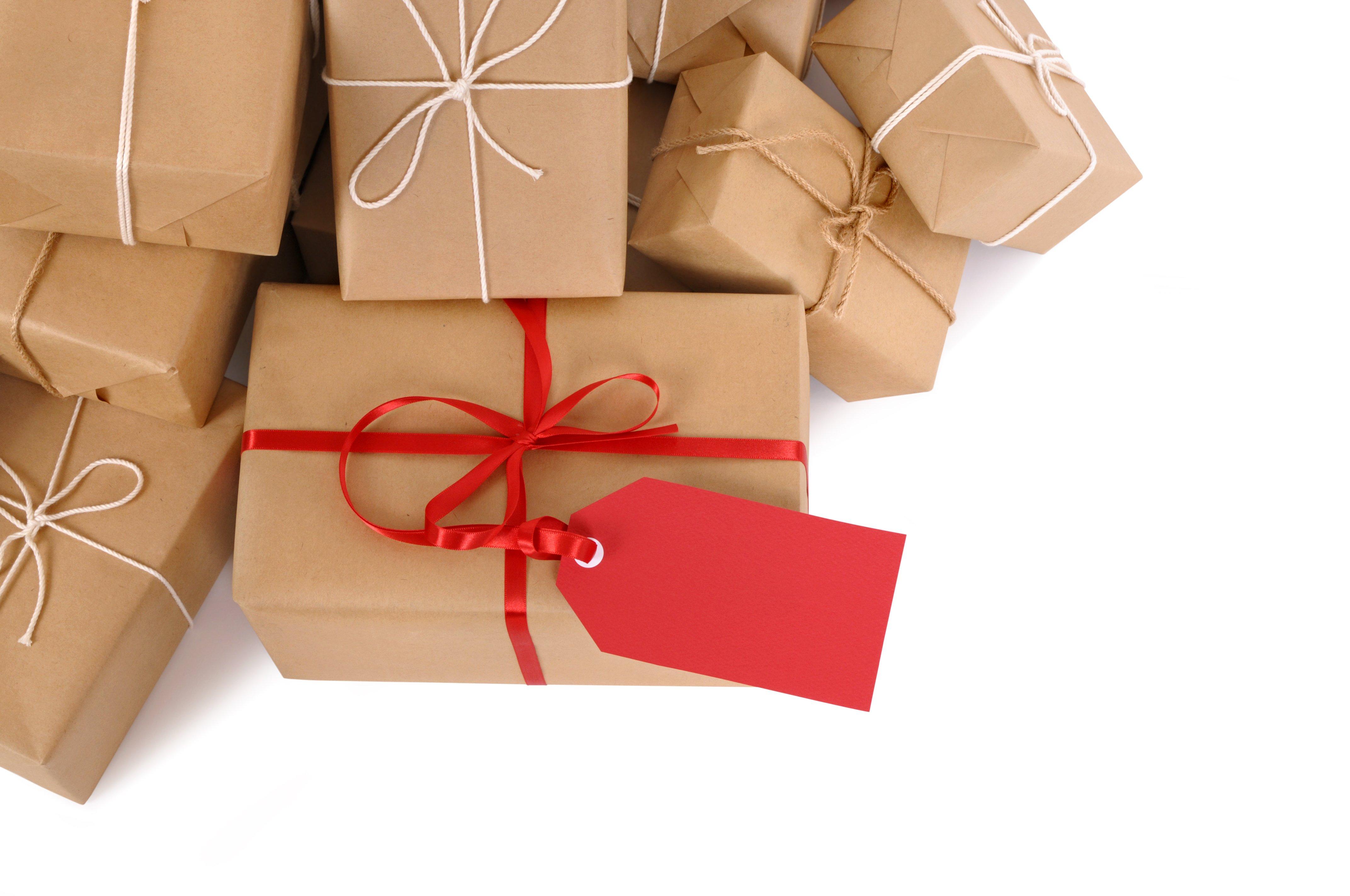Natale: 10 regali per lui sotto i 20 euro